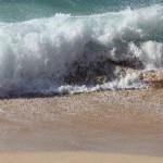 Am Strand waren die Wellen noch bis 1.60m